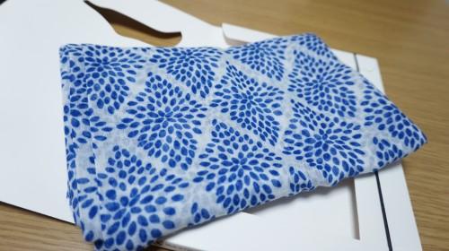 アメリカン・ヴィンテージ」とコラボしたスカーフ
