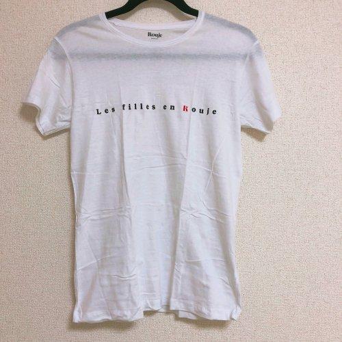 Roujeの白Tシャツ