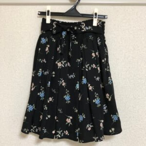 CECILMcBEE 花柄スカート
