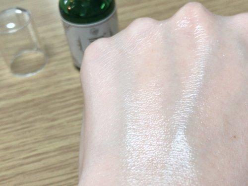 CASEEPO(カシーポ)を肌に馴染ませる