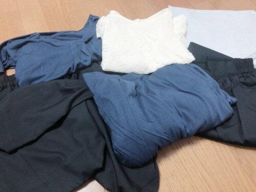 メチャカリで借りた6着の服