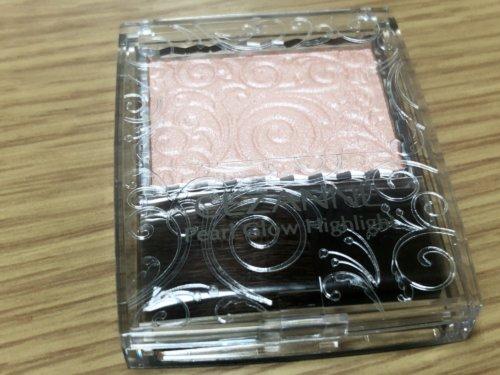 セザンヌ パールグロウハイライト02ロゼベージュのパッケージ